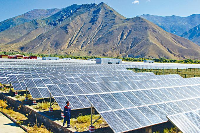 協鑫新能源將以交易所得現金,用作償還債務。