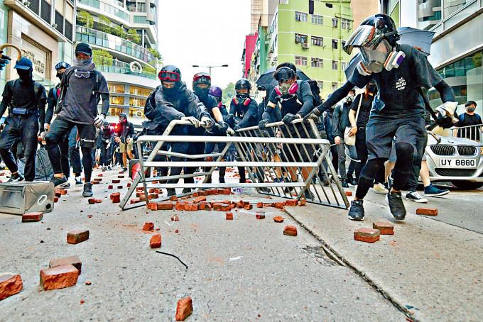 去年反修例示威中不少是年輕人。