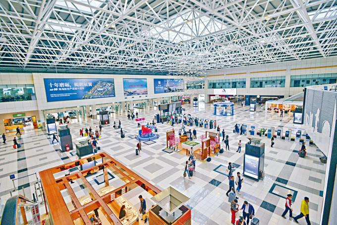 珠海機場着力於內地七十多個航點,涵蓋內地二、三綫城市。