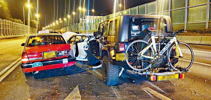 四車在吐露港公路相撞釀五人受傷。