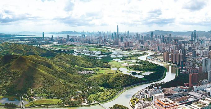 規劃界表示,用作分隔濕地與城市之間的濕地緩衝區,有三百六十公頃可供發展。