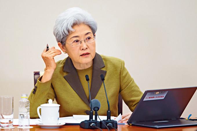 傅瑩是中國著名的女外交官。
