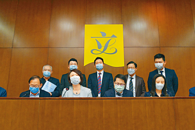 民建聯主席李慧琼指《施政報告》在政治上有助正本清源, 經濟上方向正確。