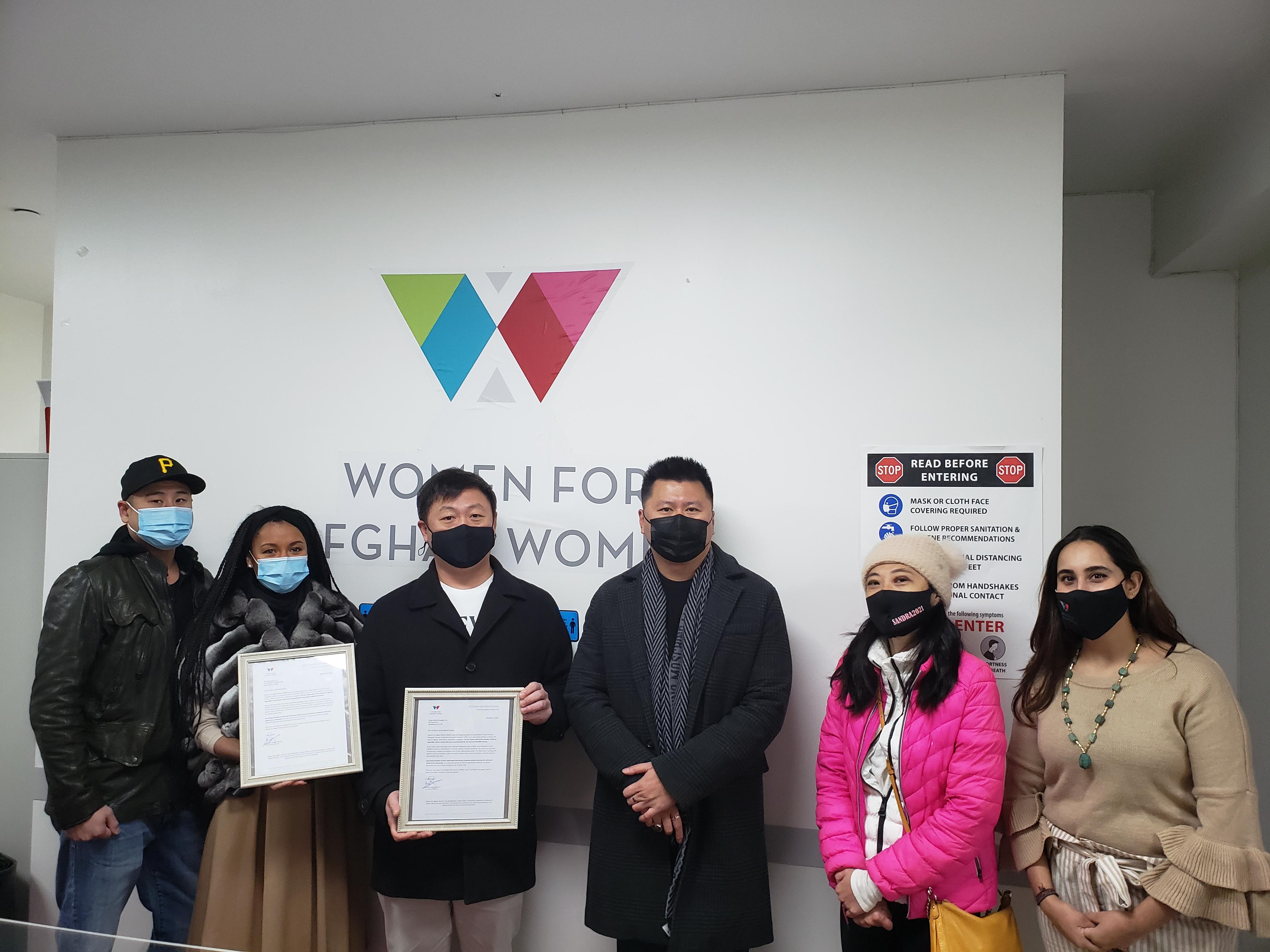 黃敏儀聯合2家醫療設備機構向非 牟利組織捐贈5000個口罩。 主辦方提供