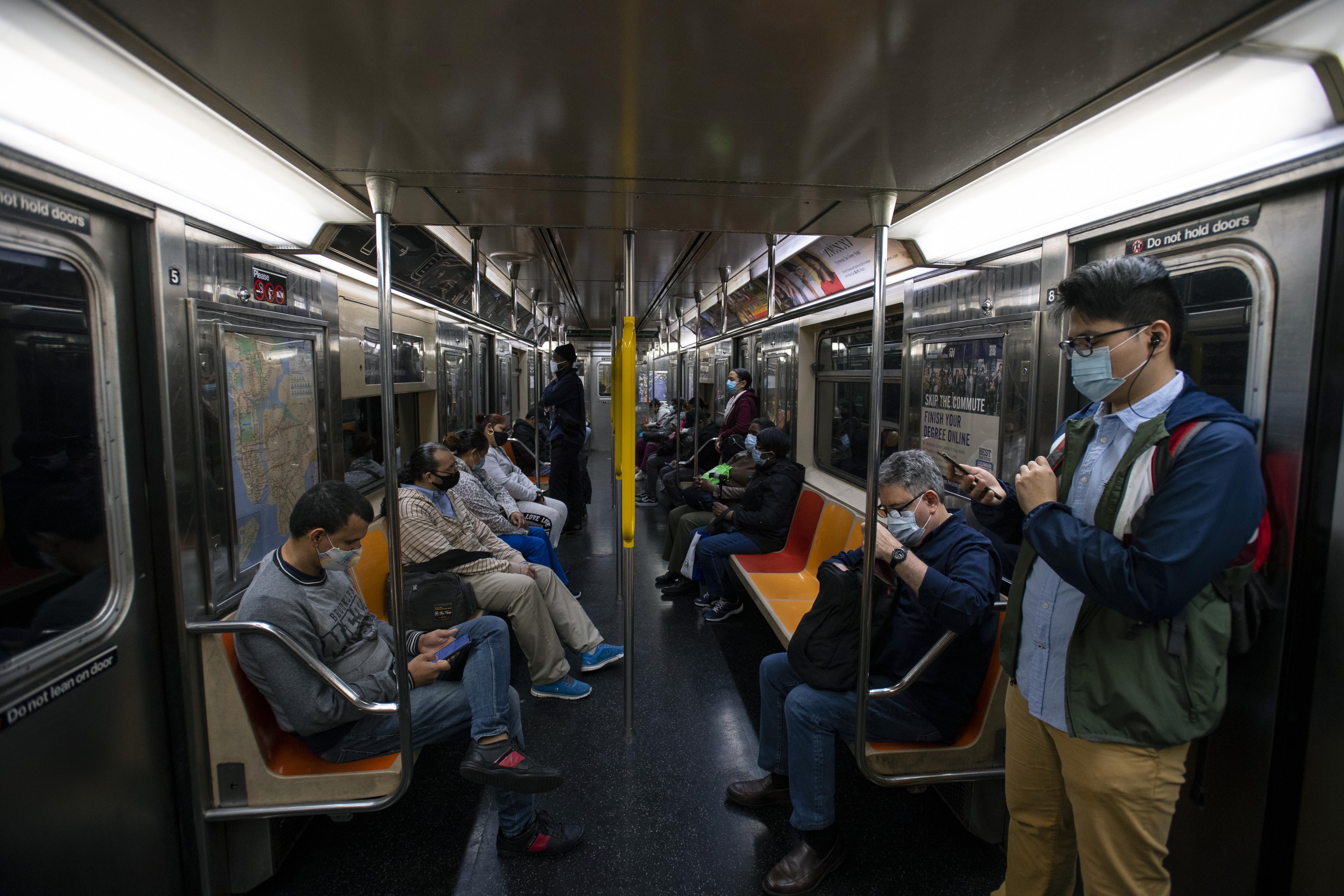 ■目前地鐵乘客量整體回復至大流行前的 30%水平。 Jonah Markowitz/紐約時報