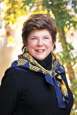 前加州總學監伊斯汀有意角逐加州民主黨主席一職。資料圖片