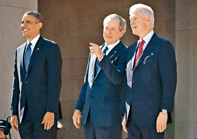 二〇一三年奧巴馬、布殊和克林頓,在達拉斯出席布殊總統中心開幕禮。