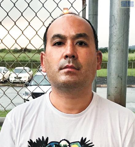 莫里比(Wesley Moribe)得知檢測結果呈陽性仍登機返回夏威夷,結果被捕。美聯社