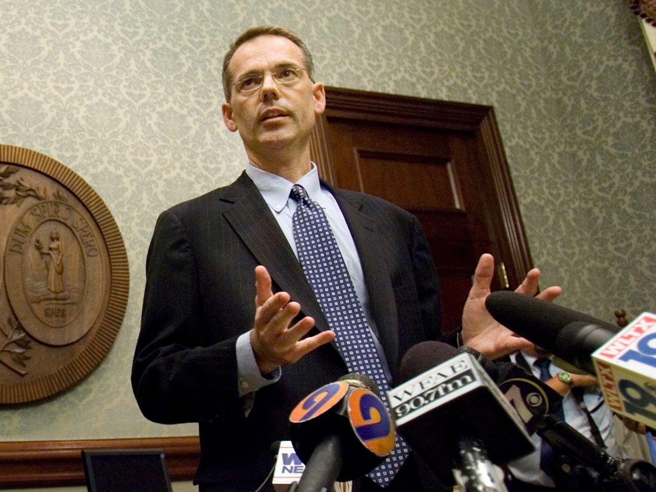 據報,特朗普已聘請南卡州律師鮑爾斯,擔任自己的彈劾辯護律師。 美聯社資料圖片