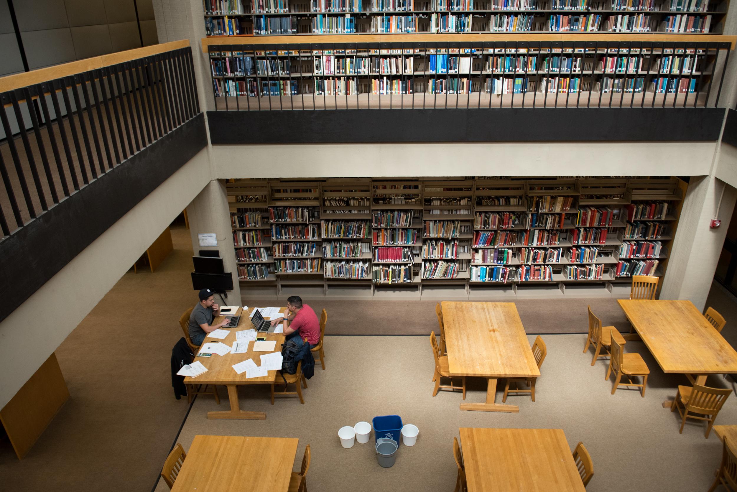 紐約和全國均出現入學人數持續下降的壞趨勢。 Edwin J. Torres/紐約時報
