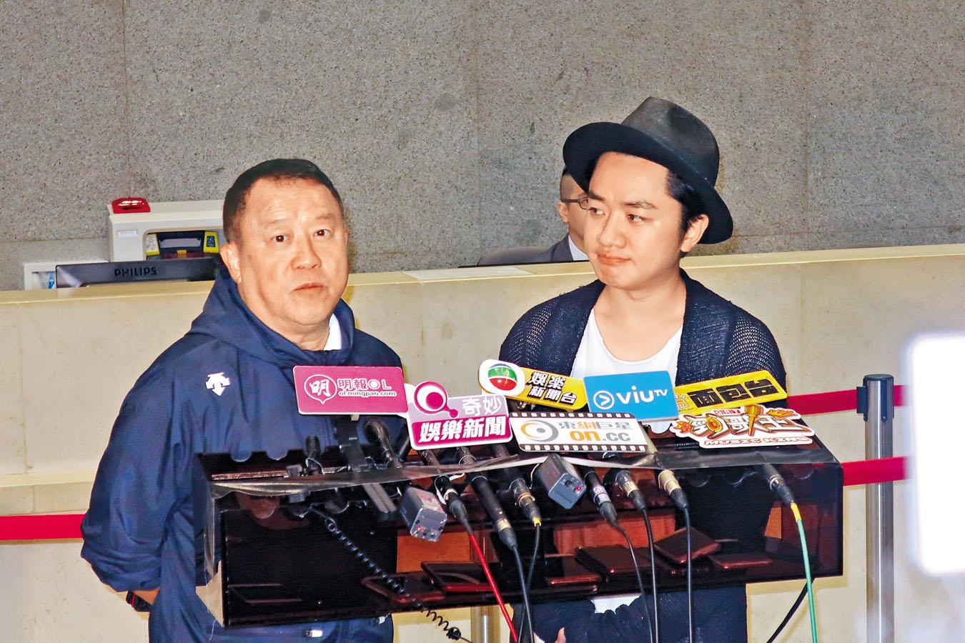 志偉與祖藍由《獎門人》年代開始合作,兩人默契十足。  ������ɤ��a�o�i��|�A�Q���F������P�S���|���A���X�a���i�Ϋس]�ʪ����C��|����(Eric Tsang Chi Wai)(��,L)�P���Ѫ�ï¿?Wong Cho Lam)(�k,R)������X�ݡC2018/09/04��ï¿?�T��36