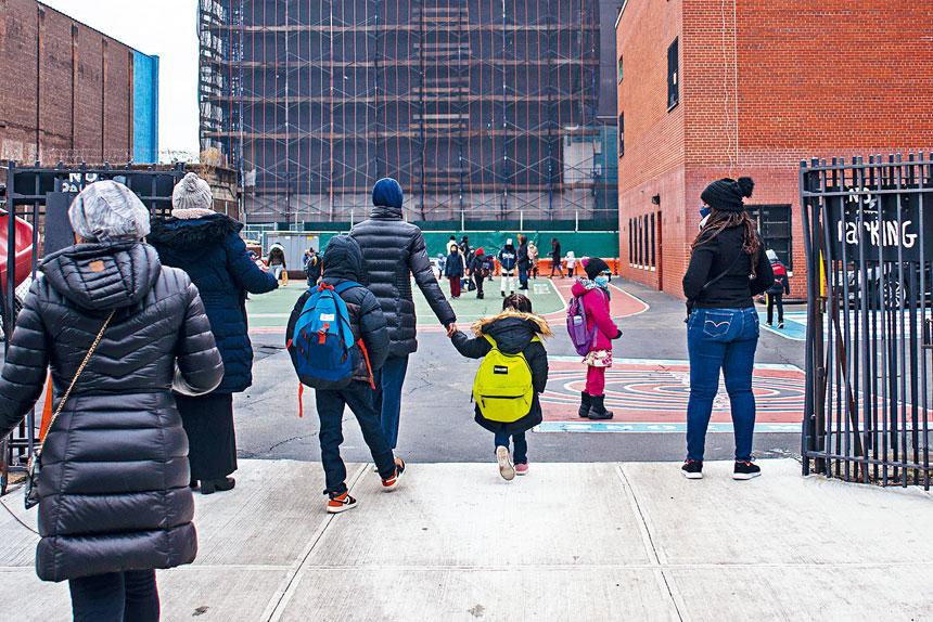 教育官員表示,疫情大流行對入學率有影響不足為奇。Andrew Seng/紐約時報