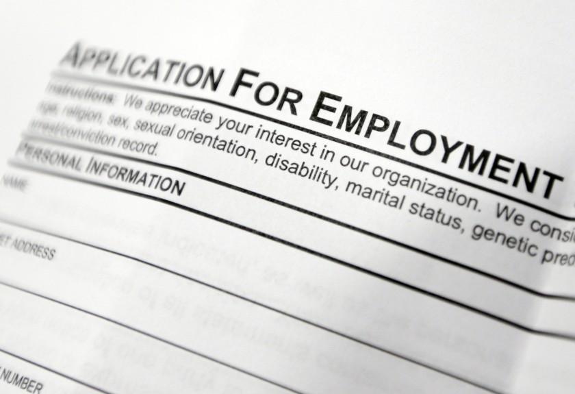 橙縣又逮到十人盜領失業救濟金,其中包含尚在服刑的囚犯。美聯社