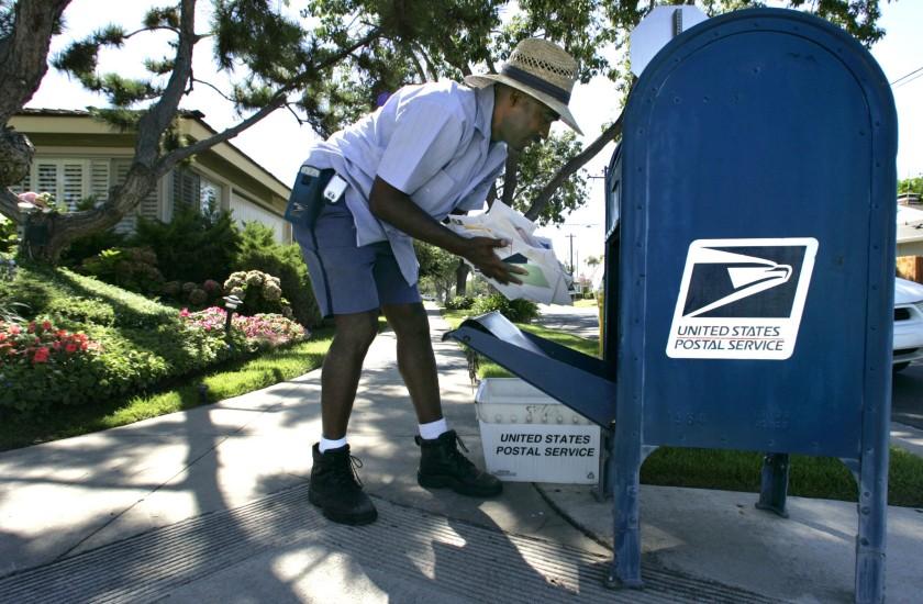 美國郵政移除大洛杉磯地區十幾個郵筒,以確保在總統就職典禮期間不受破壞。洛杉磯時報