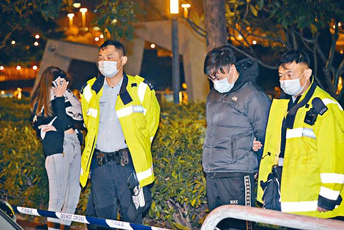 男司機及女乘客涉藏毒被捕。