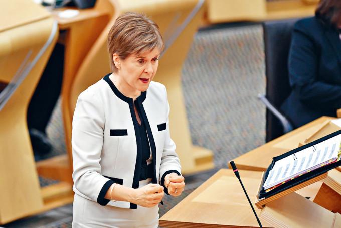 蘇格蘭首席部長施雅晴日前出席議會答問會。