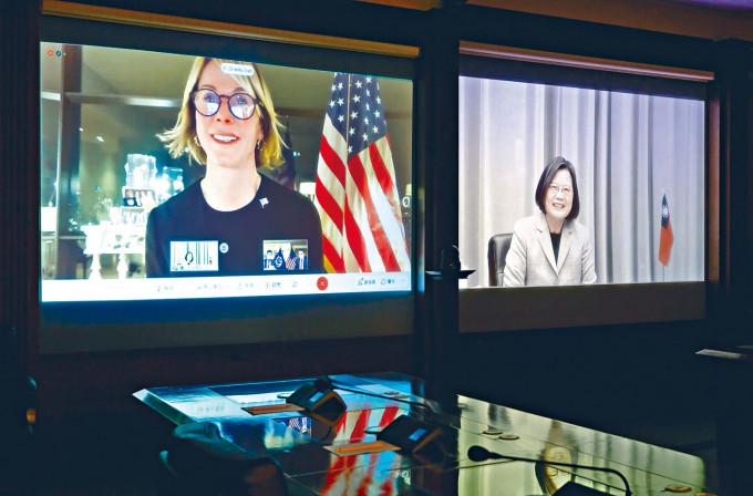 美國前駐聯合國大使克拉夫特與蔡英文視像通話。