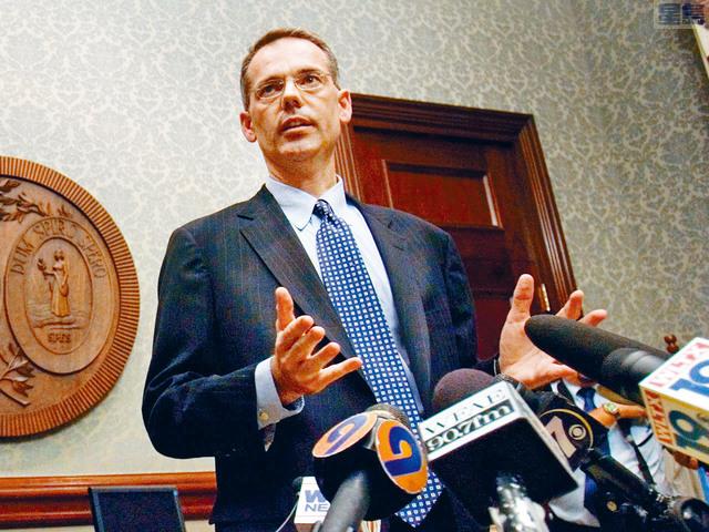 ■據報,特朗普已聘請南卡州律師鮑爾斯,擔任自己的彈劾辯護律師。 美聯社資料圖片