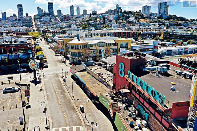 加州三藩市延長在家避疫令,像漁人碼頭(圖)這樣的休閒區將繼續顯得平靜。法新社