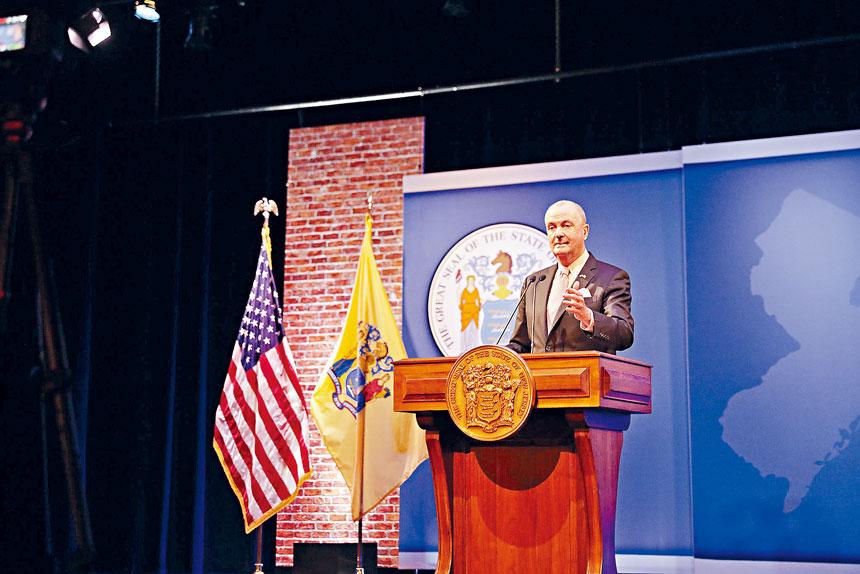 墨菲提出多項舉措,以推動經濟發展。州長辦公室Flickr圖片