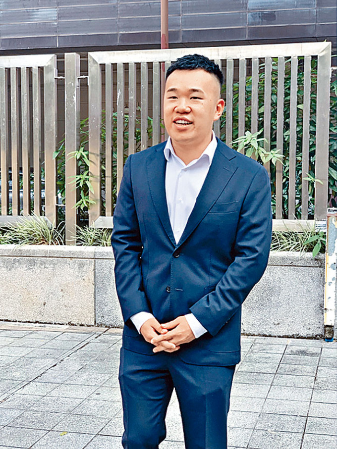 港大畢業生杜啟華四項控罪罪成,還柙至下月中求情。