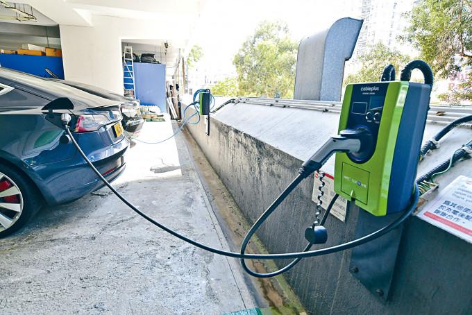 電動車充電網絡將延伸至屋苑充電及公共場所充電。