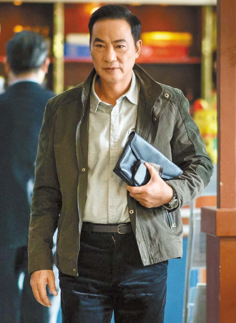■任達華在劇中扮演的謝阿榮原本是老實商人, 但為了給兒子報仇黑化殺人。 網上圖片