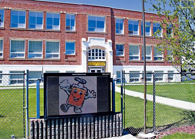 ■蒙大拿州規模細小的公校Willow Creek,去年5月已經自行復課,成為美國第一批恢復課堂教學的學校。美聯社