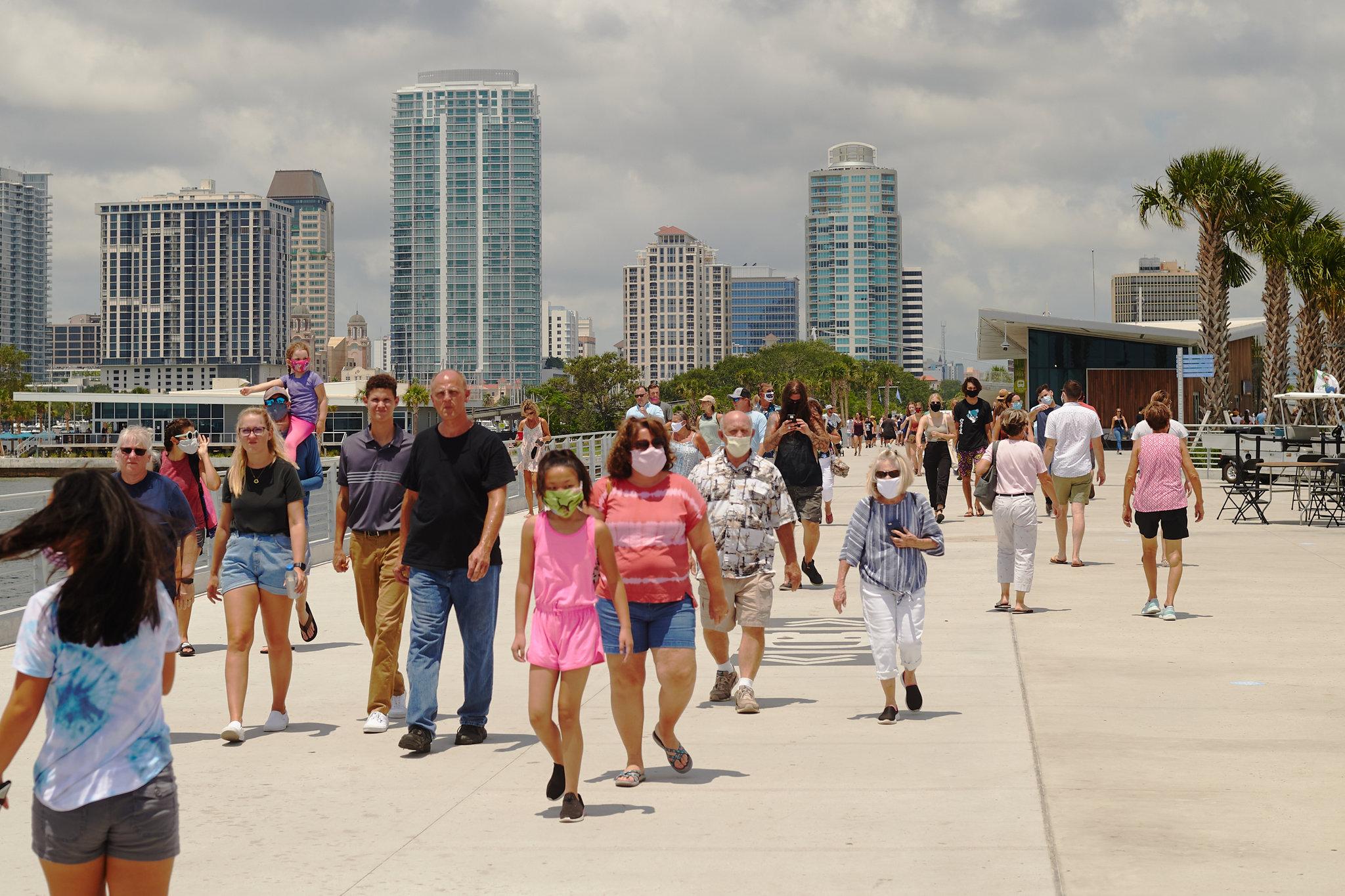 針對春季假期,佛州邁阿密市府表明採取零容忍措施,已經加強防疫限制,嚴陣以待。紐約時報圖片