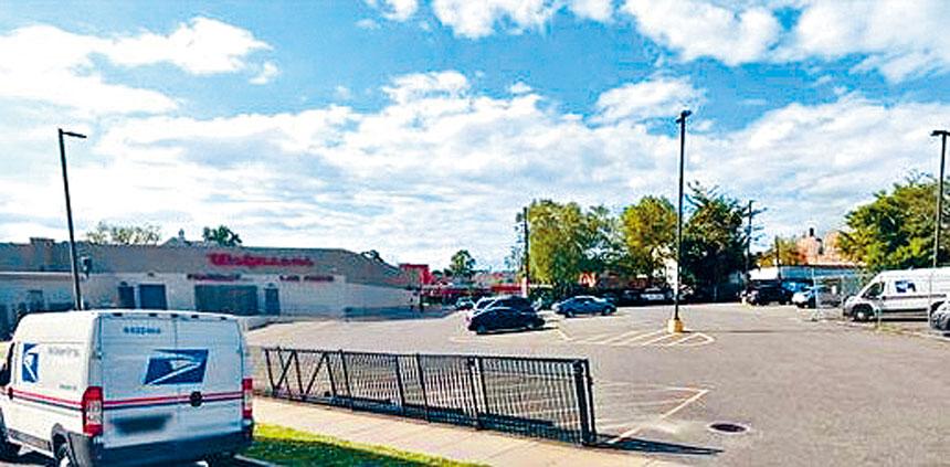 星巴克計劃在皇后區白石鎮開分店,白石鎮商家聯盟以影響小商家生意,發起連署反對。