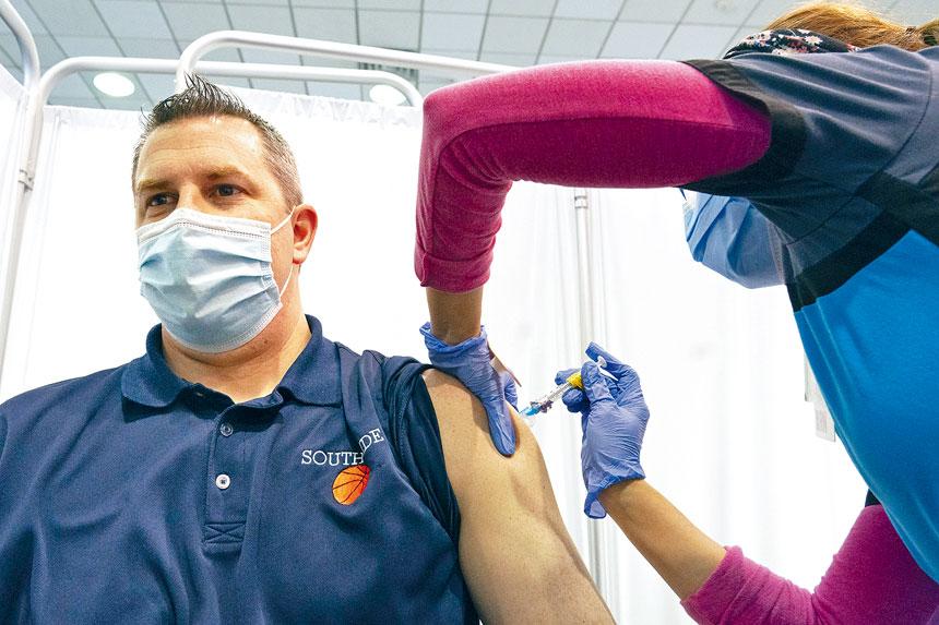 目前紐約市已有14.4%人口接種至少第一劑疫苗。美聯社