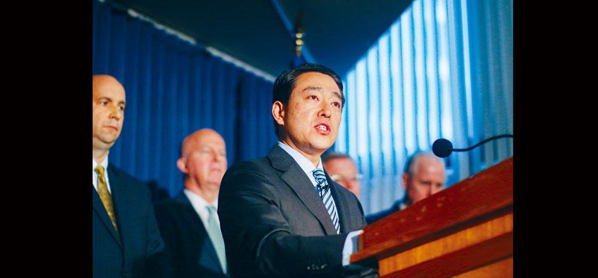 金賢俊曾參與多宗涉及柯謨政府的調查行動。Chang W. Lee/紐約時報