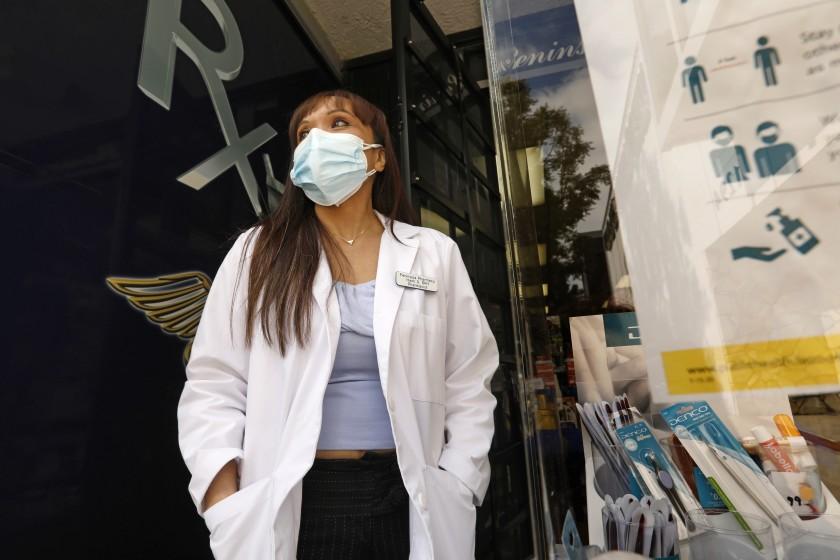 洛縣新冠病毒傳播率仍然偏高。洛杉磯時報