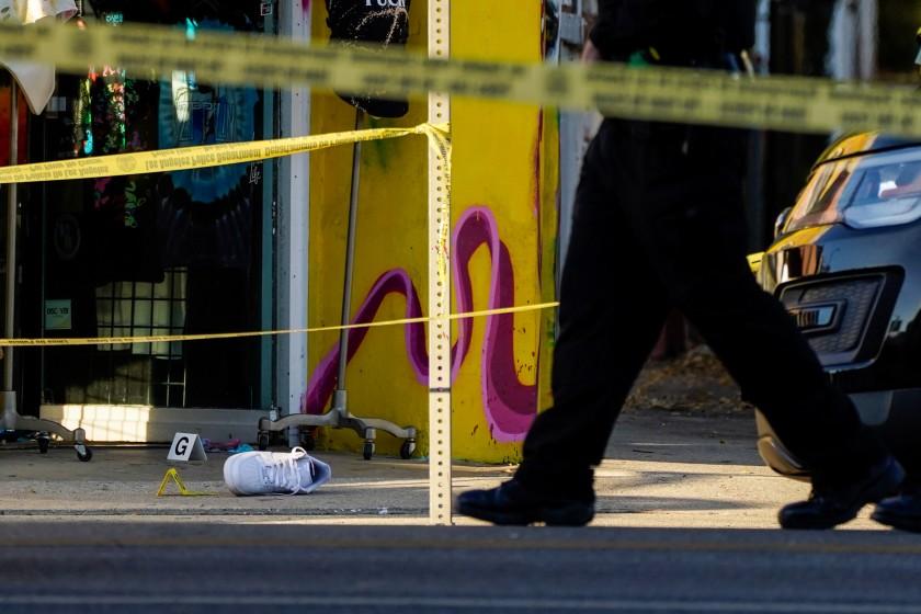 洛杉磯市今年前兩個月槍擊案和兇殺案增加,引發治安隱憂。洛杉磯時報