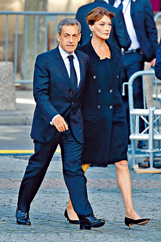 薩爾科齊與妻子布魯尼。