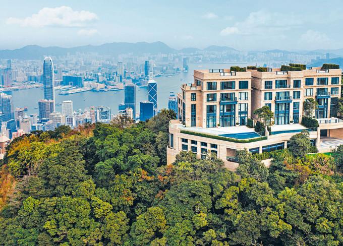 山頂11 Plantation Road洋房以一百三十五萬租出,呎租一百二十五元,創項目新高。