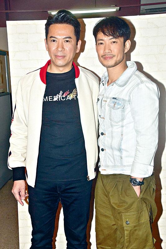 郭政鴻(左)、敖嘉年在節目中演繹當年的參賽歌曲。