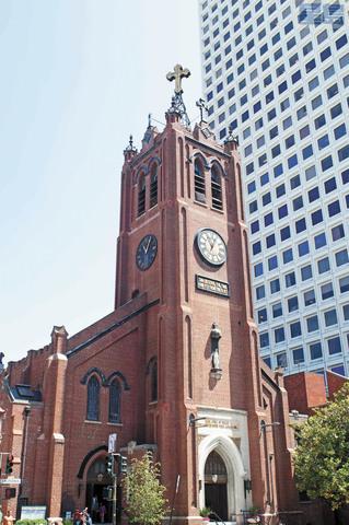 位於華埠的舊聖瑪利大教堂深受疫情衝擊。資料圖片