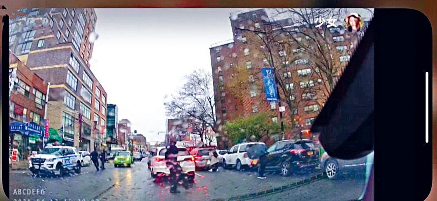 剛好開車路過的市民從車里拍攝到槍擊案的過程。