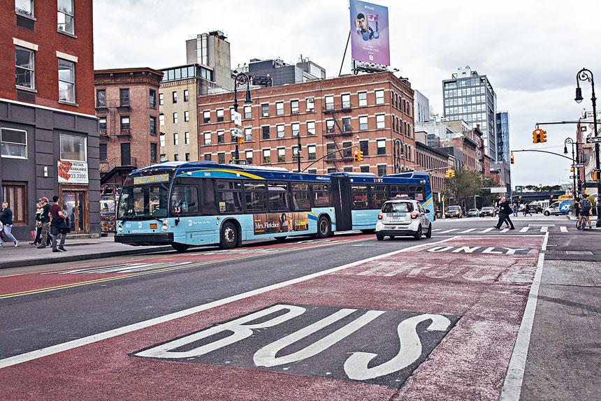 工會指由於巴士司機人手不足,令巴士服務受影響。Kirsten Luce/紐約時報