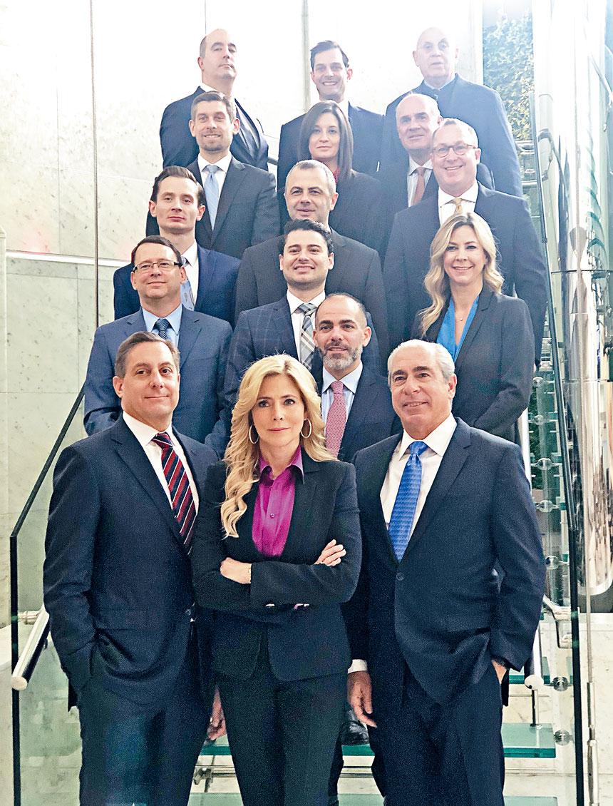 Napoli Shkolnik PLLC是一所全國性律師樓,有多位頂級律師。