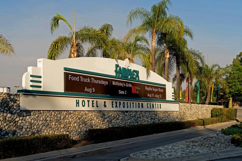 洛縣波莫納會展中心將成洛縣第二處收容獨行無證未成年者的臨時照護中心。洛杉磯時報
