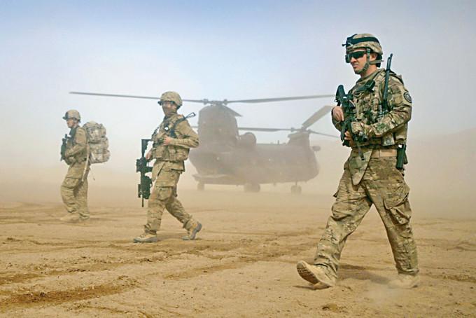 美軍二〇一二年在喀布爾西部巡邏。