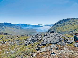 格陵蘭礦業公司去年七月發布的科瓦內灣照片。