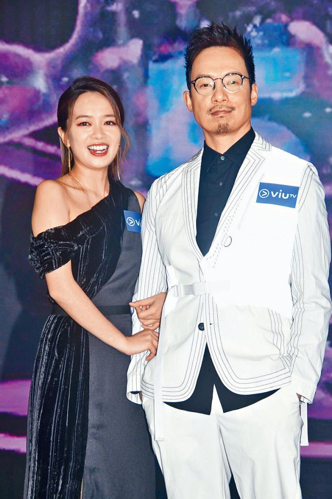 強尼與陳俞希都在ViuTV做足五年。
