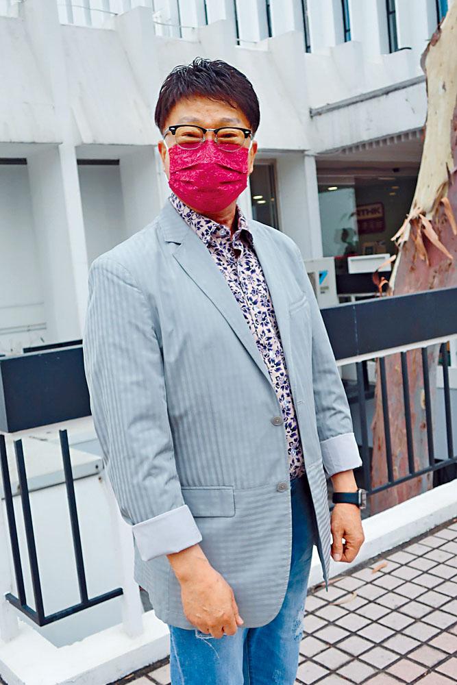 徐小明留港年多後,將到內地工作幾個月。