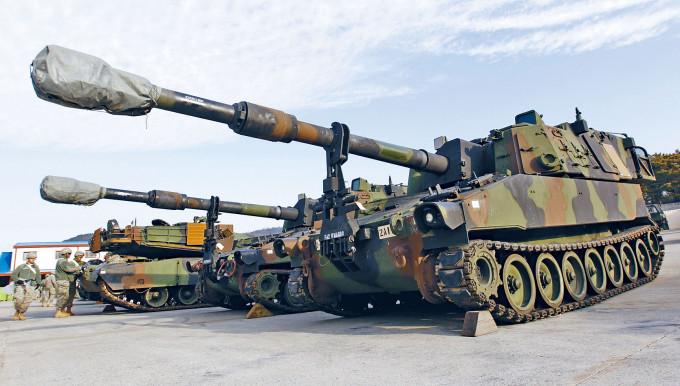 美軍M109A6自走炮。