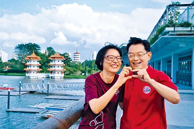 王瑞杰與妻子章慧霓,去年在國際婦女節「放閃」。