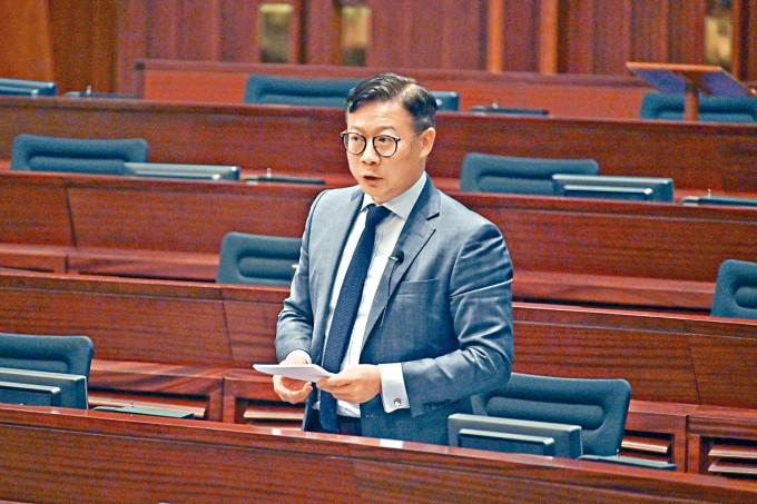 張國鈞指,大律師公會換主席事件,有人質疑公會變成政治組織。