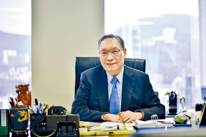 律師馬豪輝表示,民政專員在祖堂問題上應更主動進行調解。